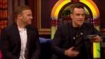 Gary et Robbie interview au Paul O Grady 07-10-2010 3eddbb101825342