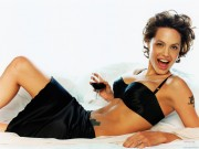 Angelina Jolie HQ wallpapers 143281107975871