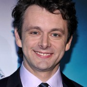 Dakota Fanning / Michael Sheen - Imagenes/Videos de Paparazzi / Estudio/ Eventos etc. - Página 2 56fc5b110583111