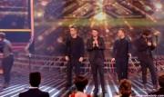 Take That au X Factor 12-12-2010 - Page 2 B50170111006104