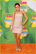 Ariana Grande - 2011 Kids Choice Awards 04/02/11