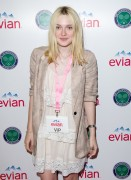 Dakota Fanning at wimbledon VIP june 20th 2011 1 pic