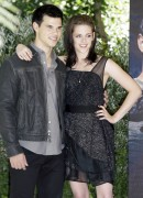 New & Old HQ pics of Kristen and Taylor at the Eclipse Rome Photocall 306fb294894859