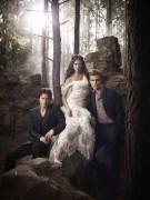 The Vampire Diaries cast pics of Nina, Ian and Paul E8375b97741547